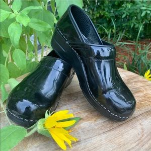 Dansko black patent leather clogs size 6